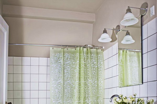 Green and white bathroom ideas
